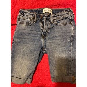 Abercrombie Kids Boys Cuffed Denim Shorts NWOT 10